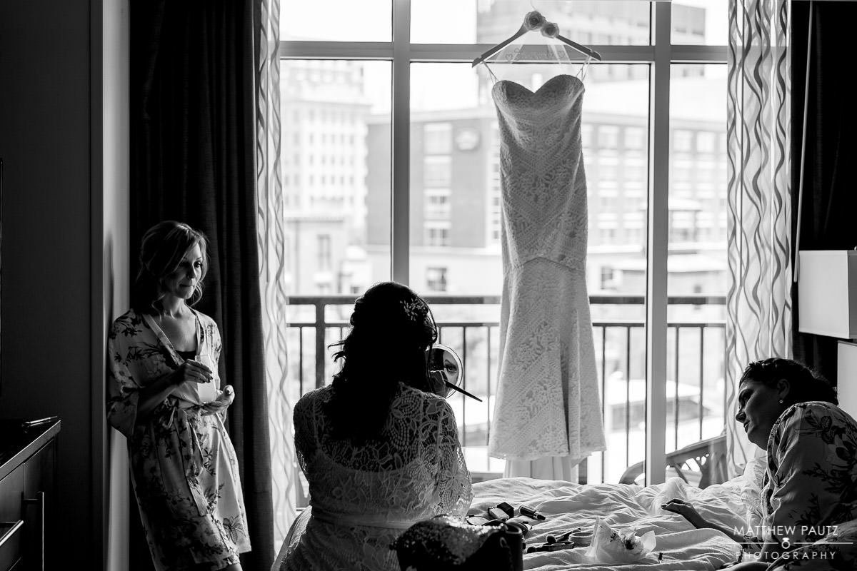 embassy suites wedding photos | downtown greenville