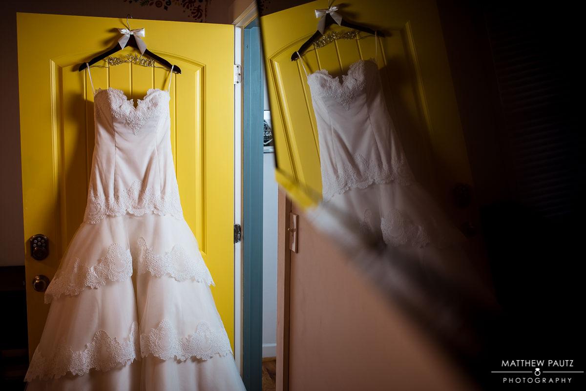 Downtown greenville sc wedding photographers | wedding dress photo