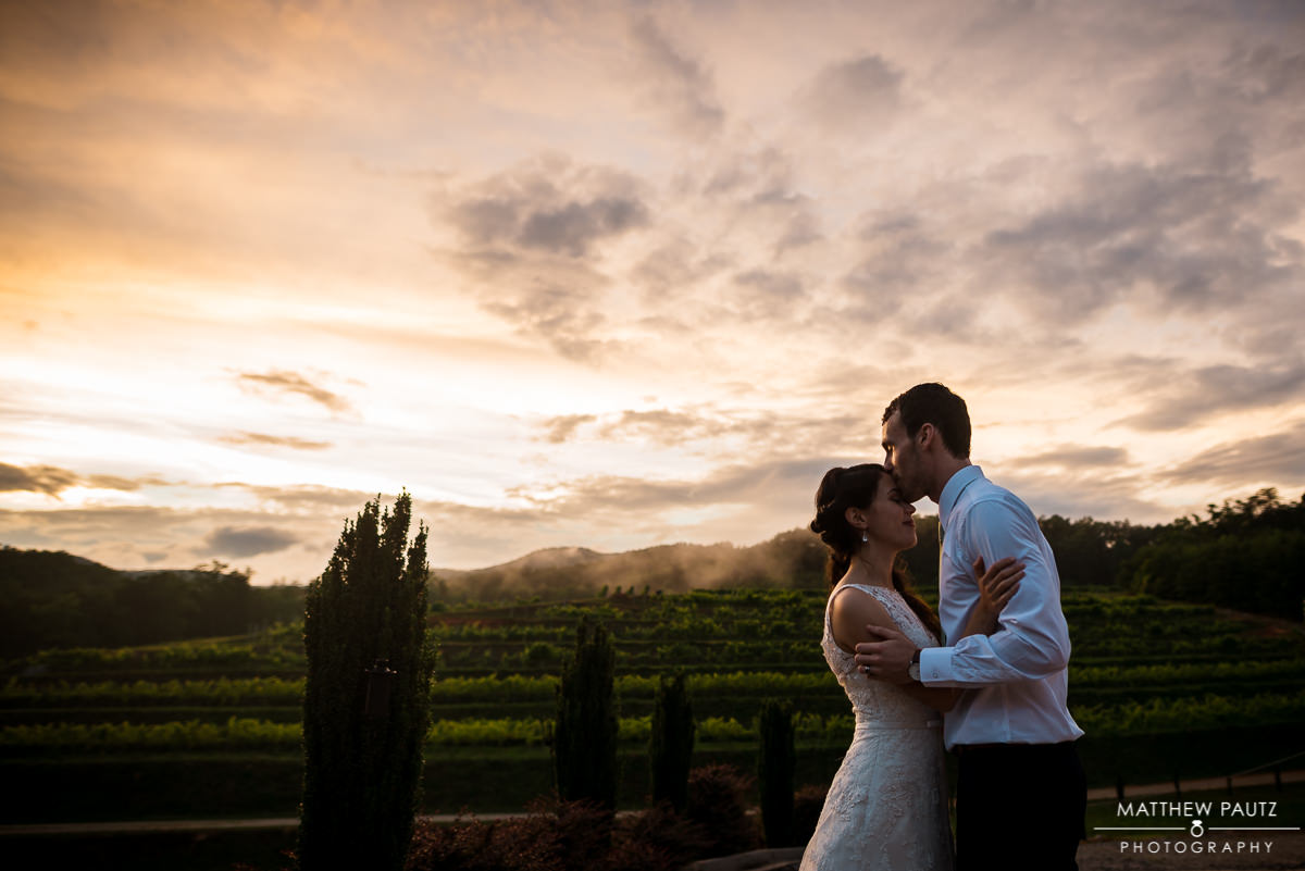 Victoria Valley Vineyards and Pretty Place wedding photos