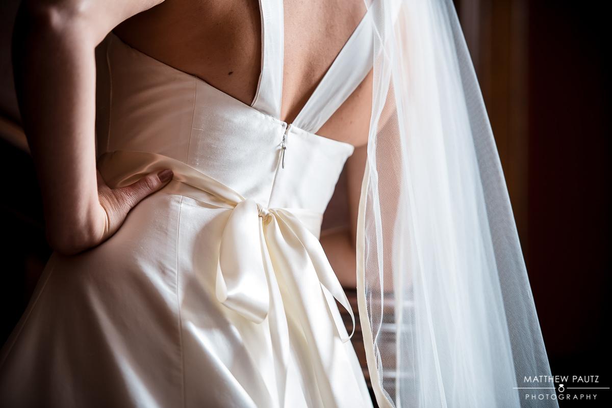 back of bride's wedding dress