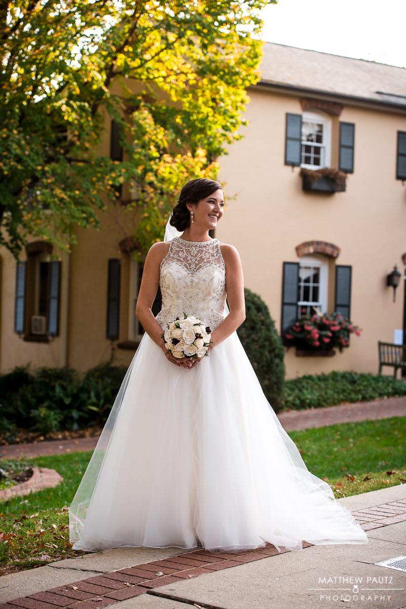 Fall bridal photos