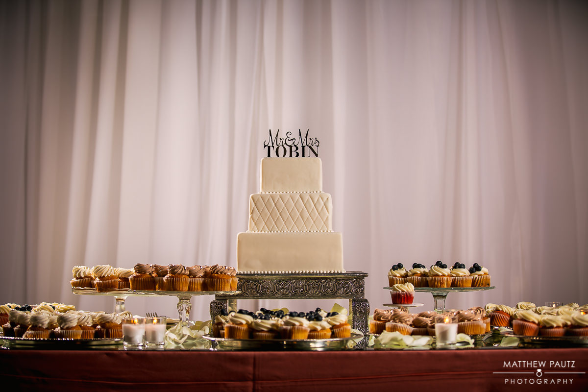 Beautiful wedding cake | Gateaux Cakes and Pastries