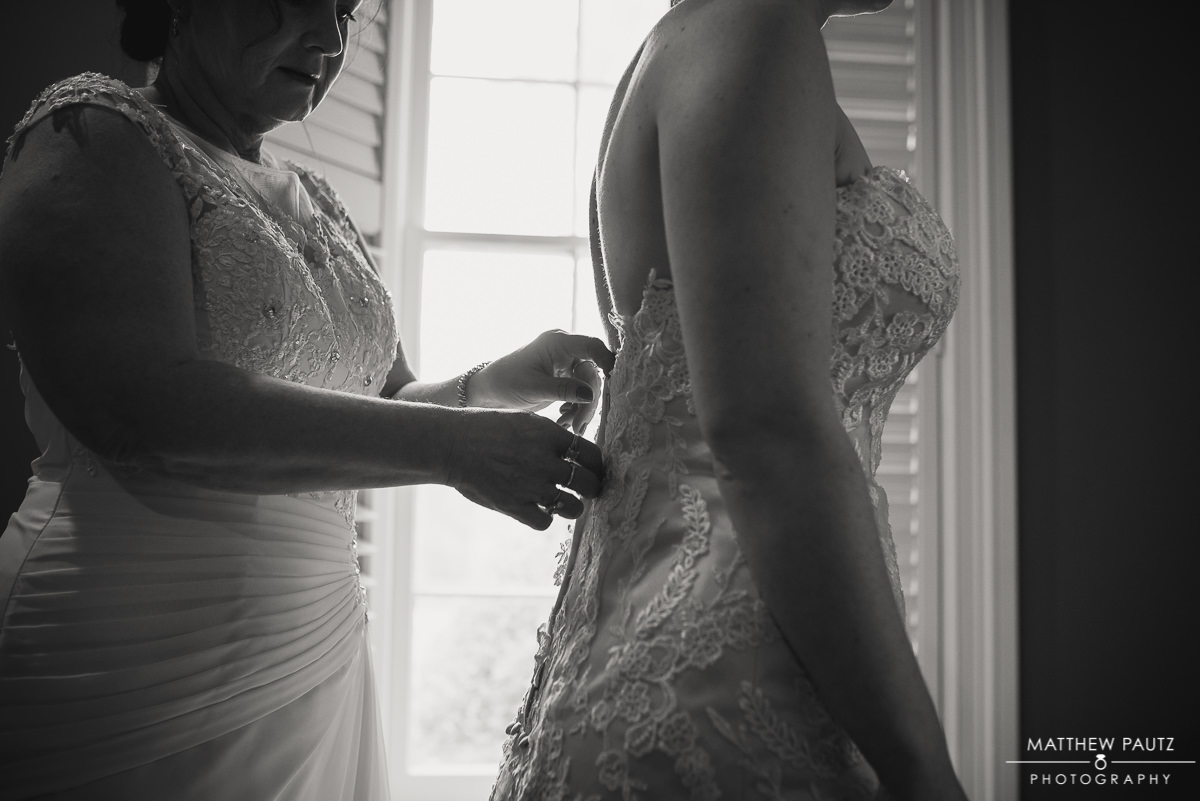 Bride getting ready for wedding at Green Valley Country Club
