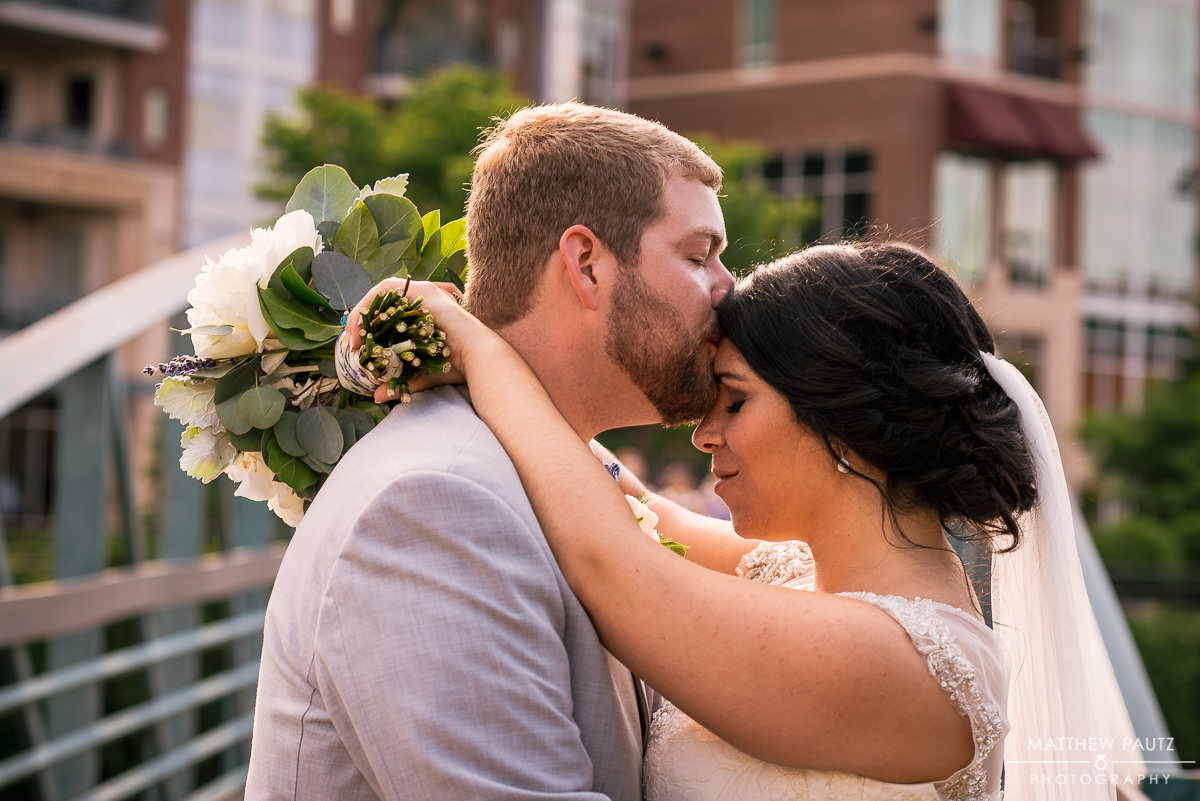 downtown greenville sc wedding photos