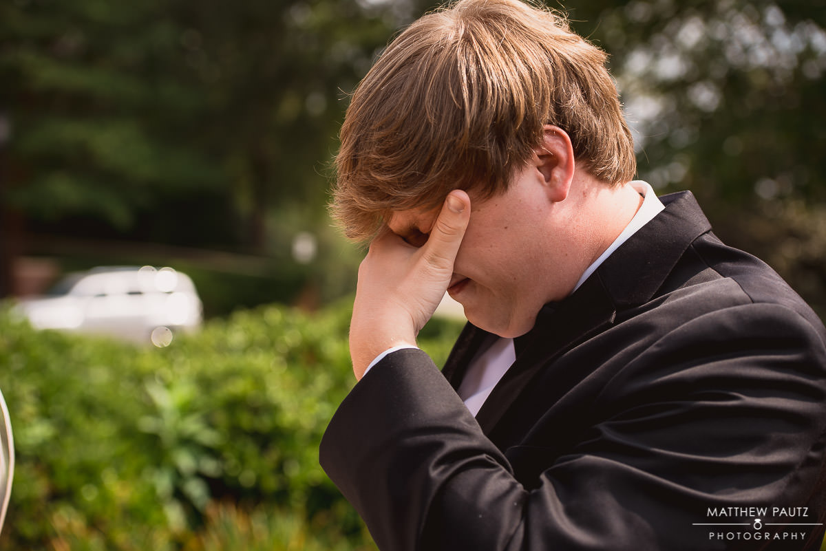 Groom's reaction to seeing bride for first time