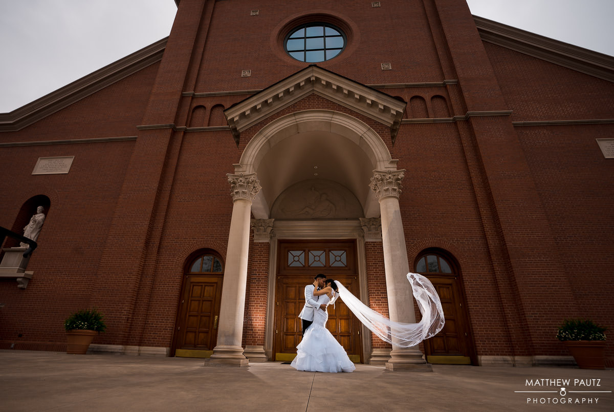 St Paul catholic church wedding photo