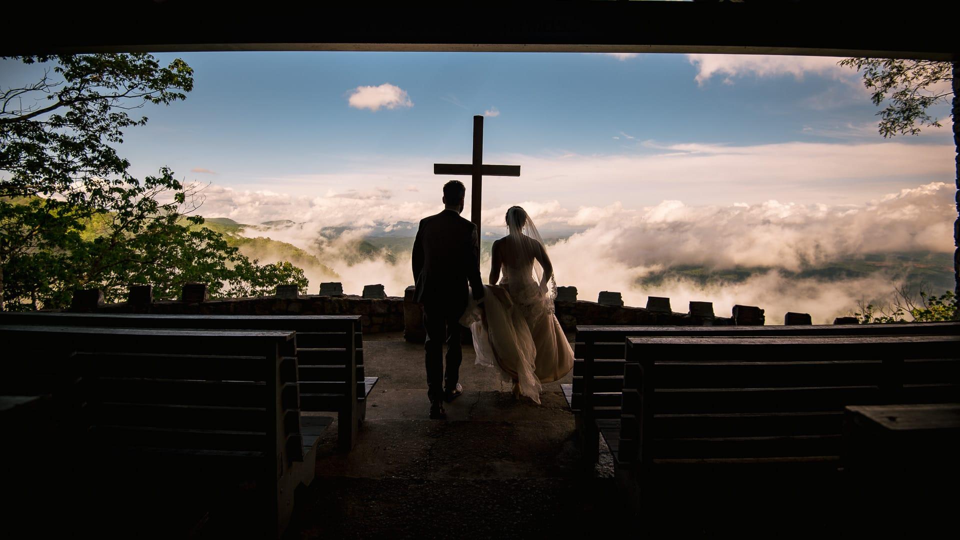 Best Greenville wedding photographers