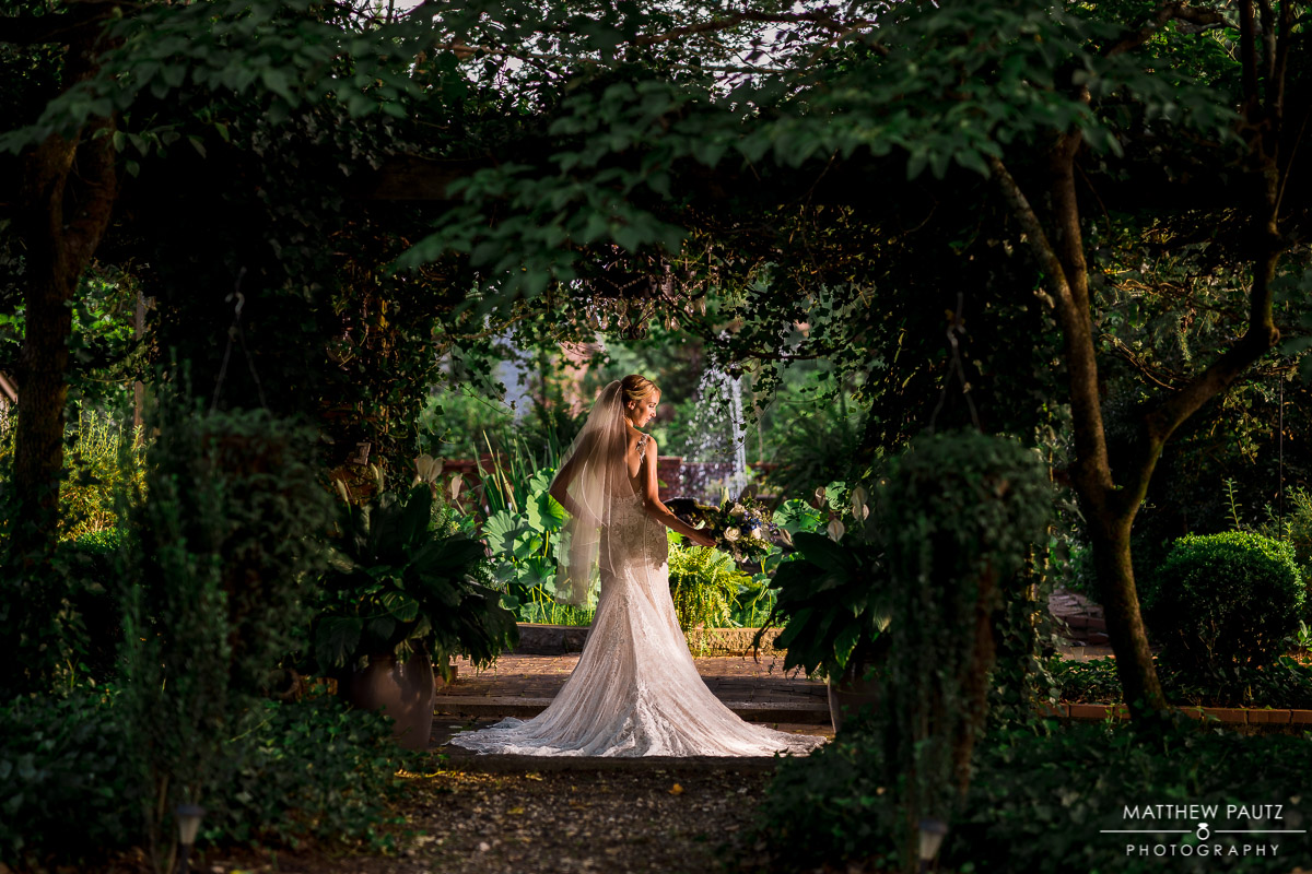 Bridal photos taken in a historic garden