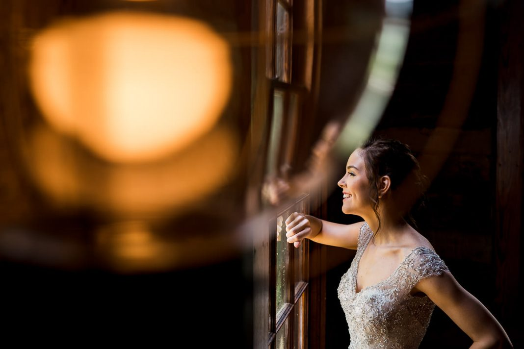 the lodge at table rock bridal portrait