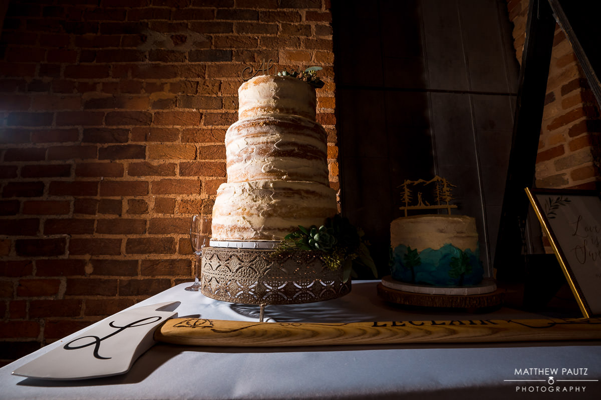 huguenot loft wedding cake