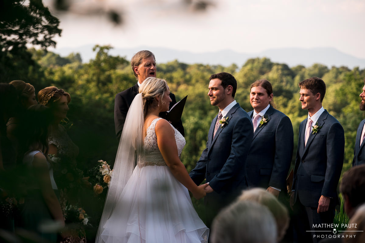 viewpoint at buckhorn creek wedding ceremony photos