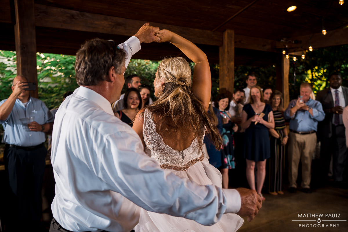 wedding reception photos at viewpoint at buckhorn creek
