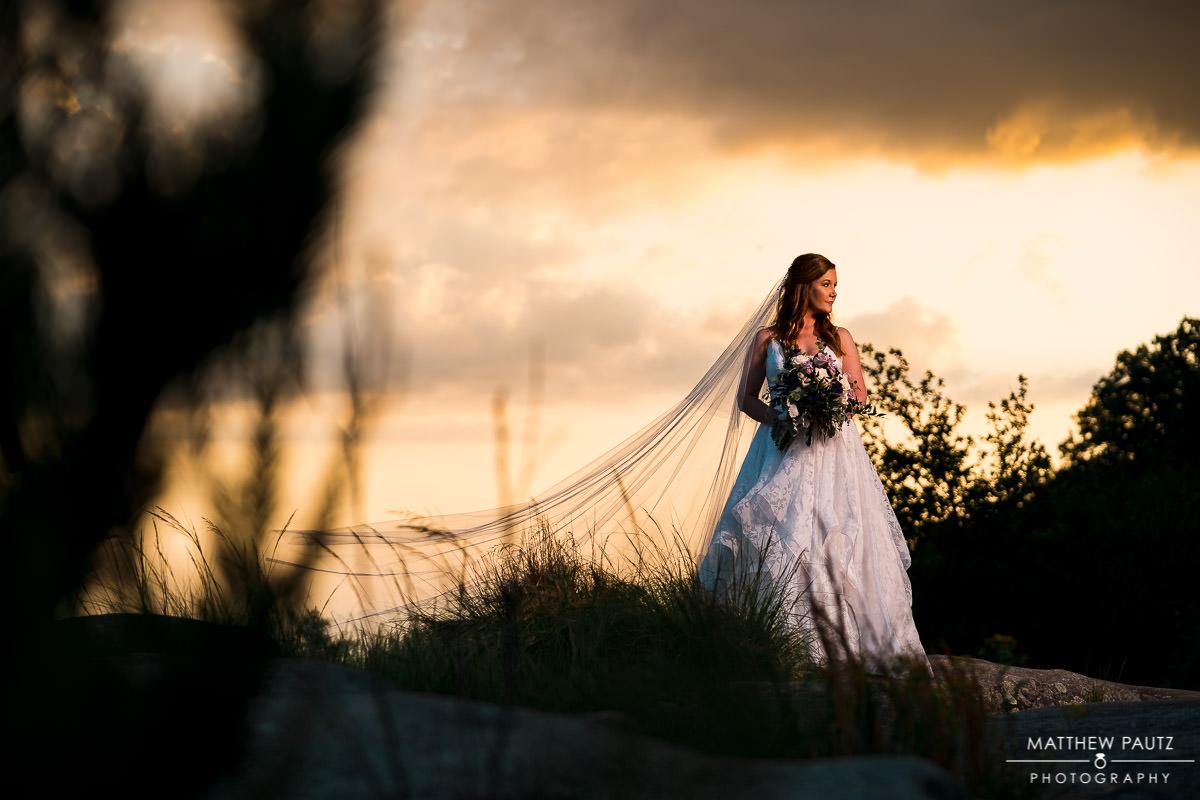 cliffs at glassy mountain wedding photos