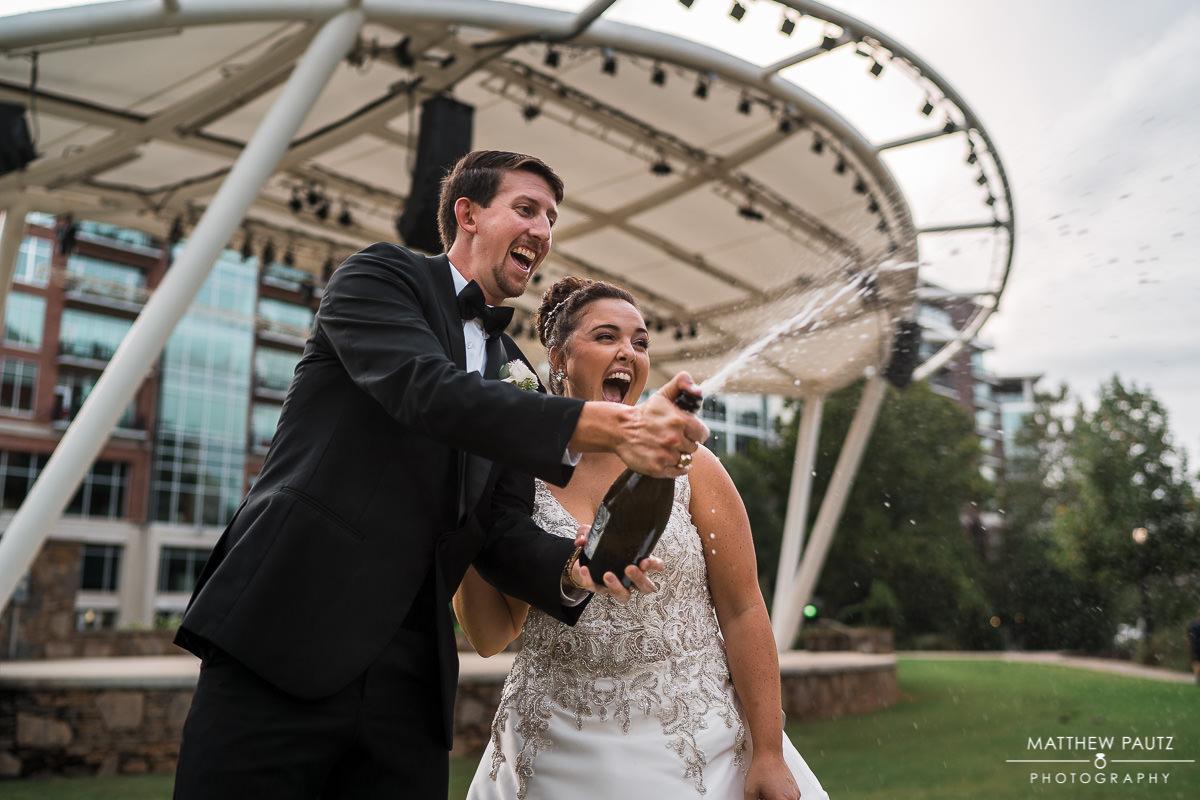 fun wedding photos in greenville sc