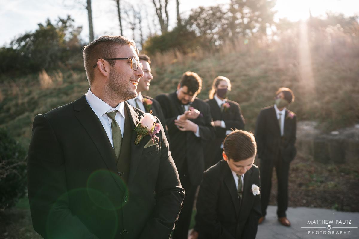 photos of groom before wedding ceremony